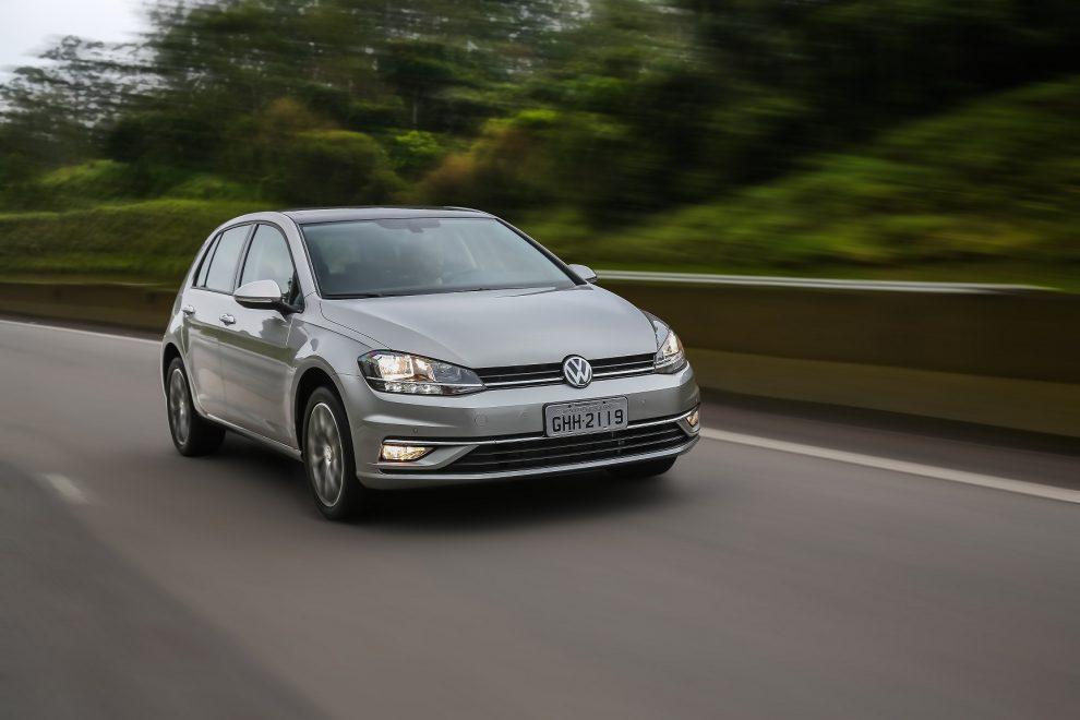 Volkswagen Golf tem recall por falha em freio de estacionamento ... b0c86331bd948