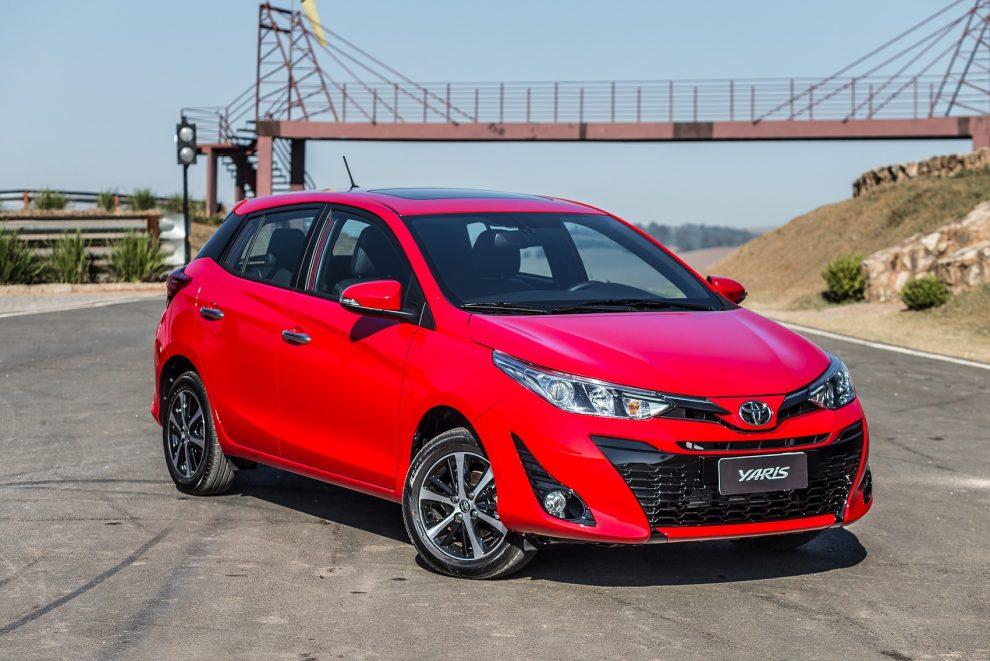 Toyota lança Yaris 76853b2eca35e