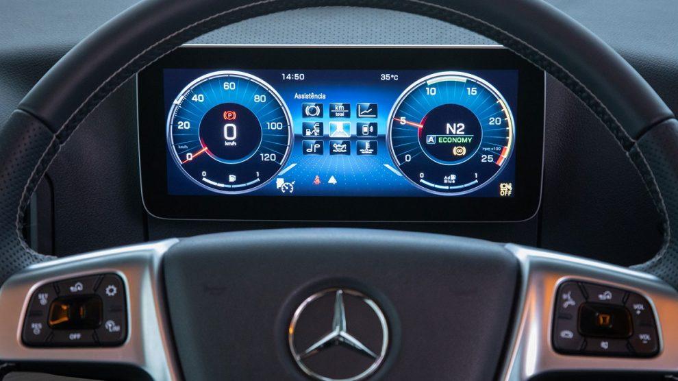 Mercedes-Benz Caminhões