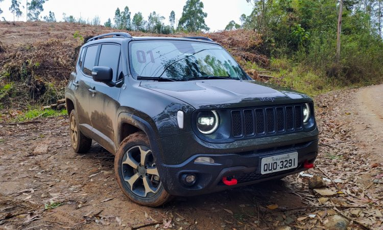 Jeep Renegade Trailhawk [Auto+ / João Brigato]