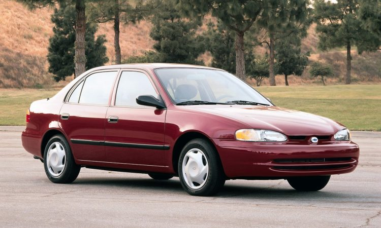 Chevrolet Prizm [divulgação]