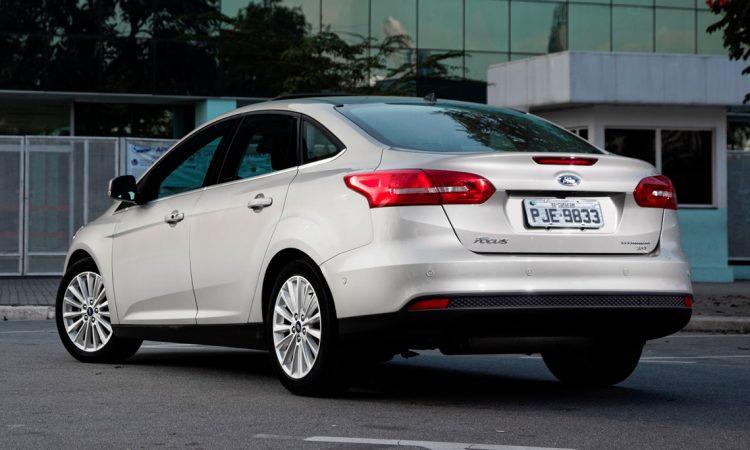 Ford Focus Fastback [divulgação]