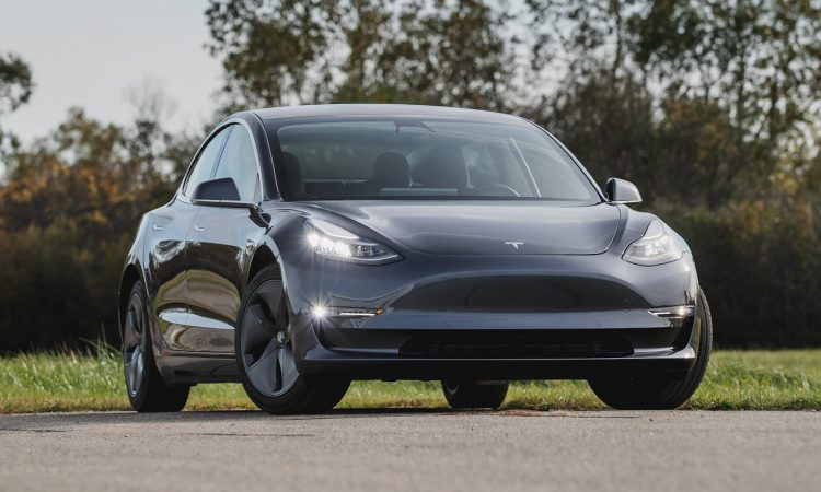 Tesla Model 3 [divulgação]