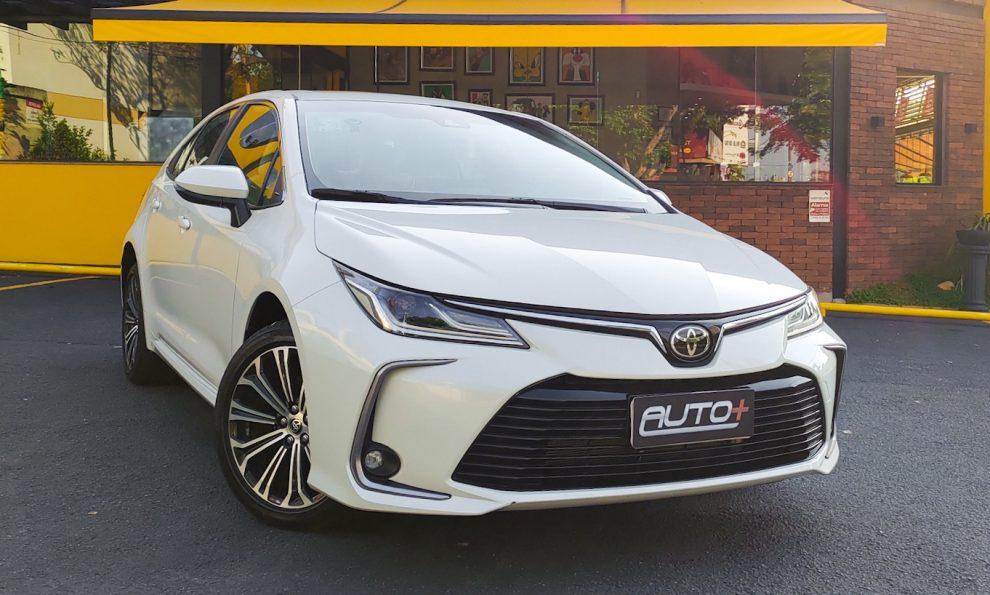 Toyota Corolla Altis Premium [Auto+ / João Brigato]