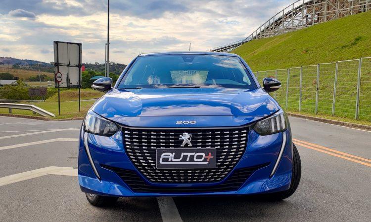 Peugeot 208 [Auto + / João Brigato]