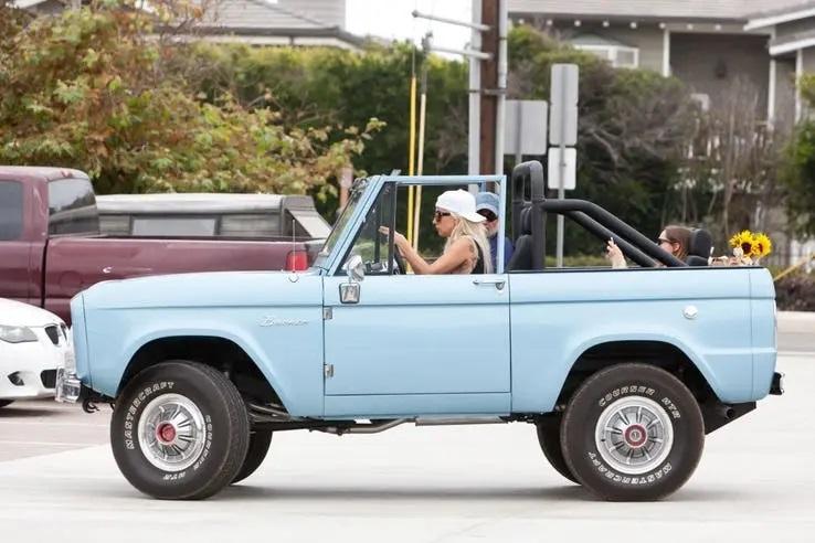 Ford Bronco de Lady Gaga [reprodução]
