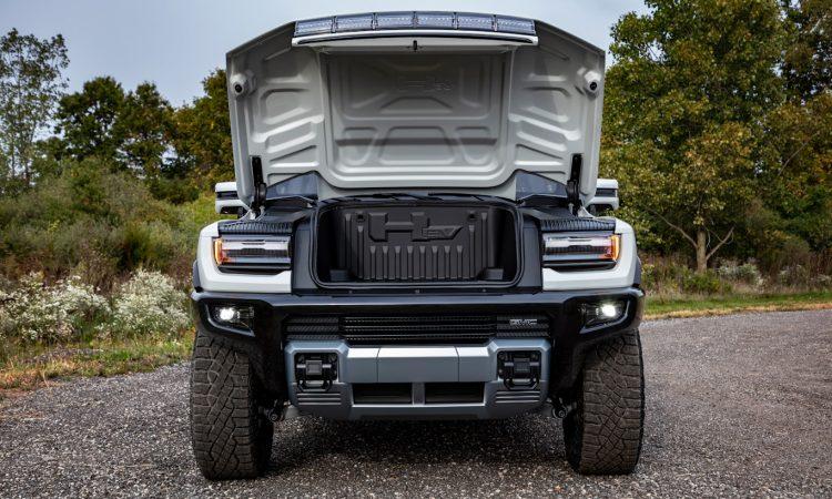 GMC Hummer EV tem porta-malas na dianteira [divulgação]