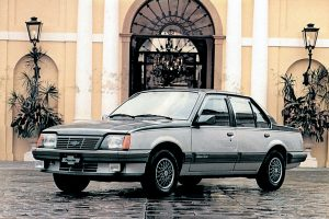 Chevrolet Monza [divulgação]