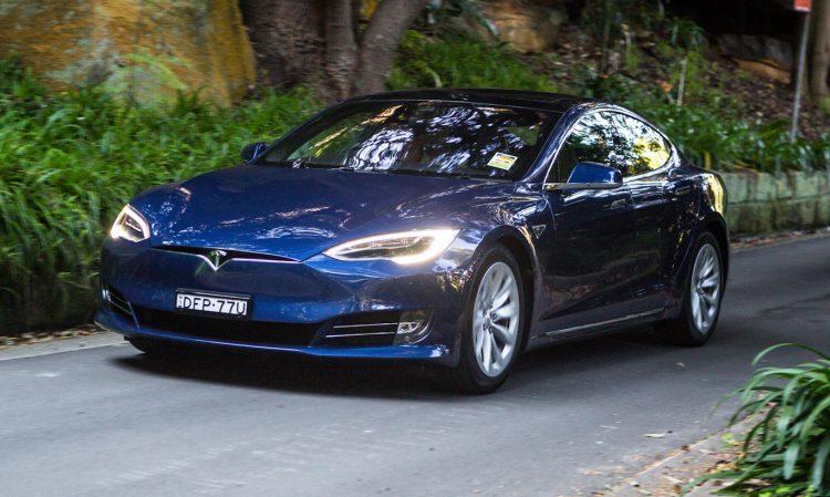 Tesla Model S [divulgação]