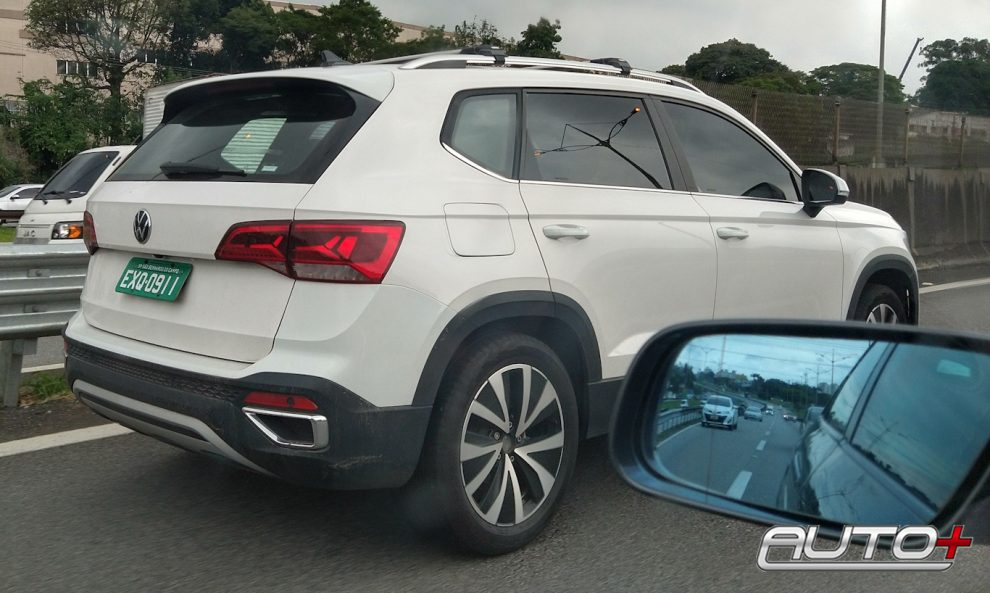 Flagra Volkswagen Taos [Murilo Soares / Auto+]