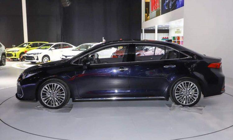 Toyota Allion, o Corolla chique [divulgação]