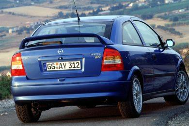 Opel Astra OPC [divulgação]