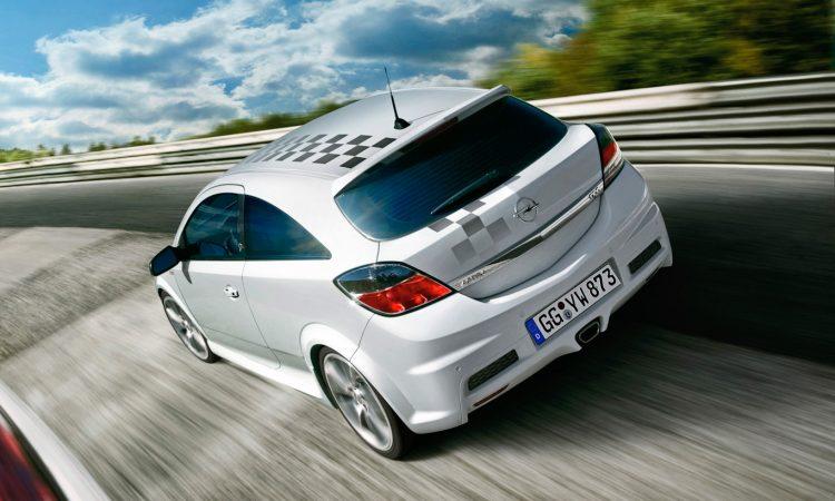 Opel Astra OPC Nürburgring Edition [divulgação]