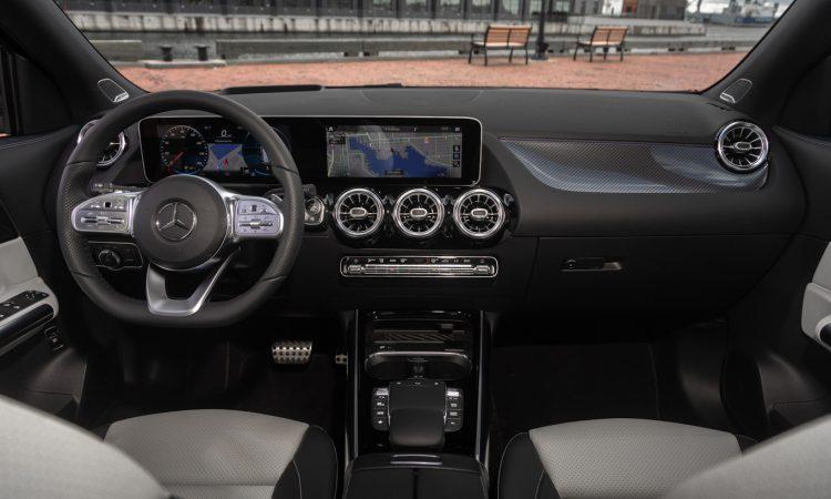 Mercedes-Benz GLA [divulgação]