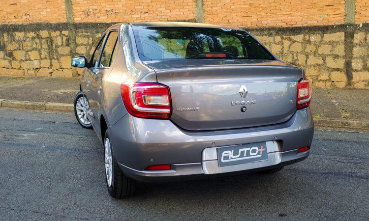 Renault Logan Zen 1.6 [Auto+ / João Brigato]