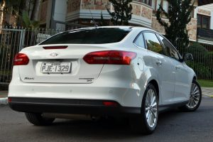 Ford Focus Fastback [divulgação]~carros