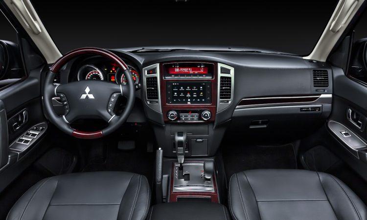 Mitsubishi Pajero Full Legend [divulgação]