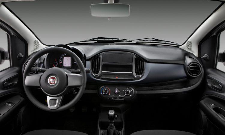 Interior Fiat Uno [divulgação]