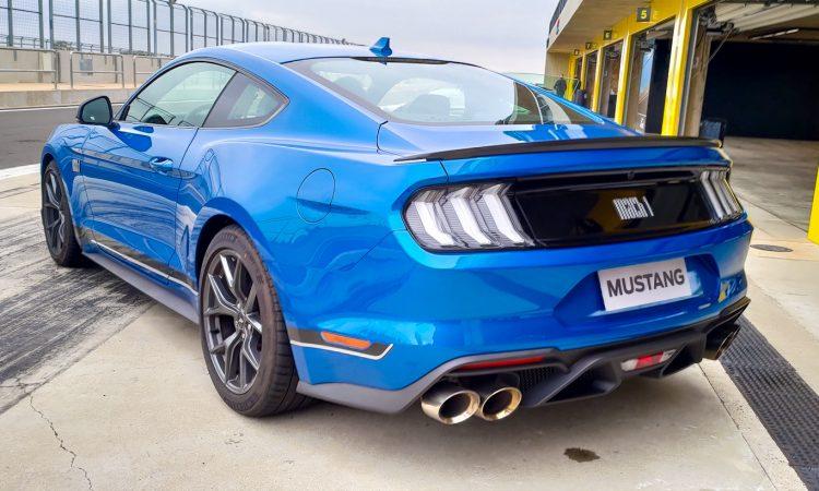Ford Mustang Mach 1 [Auto+ / João Brigato]