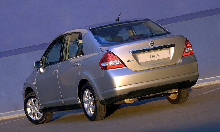 Nissan Tiida Sedan [divulgação]